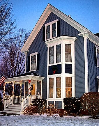 Shop dine stay at brewster house b b of course for Maine home building packages