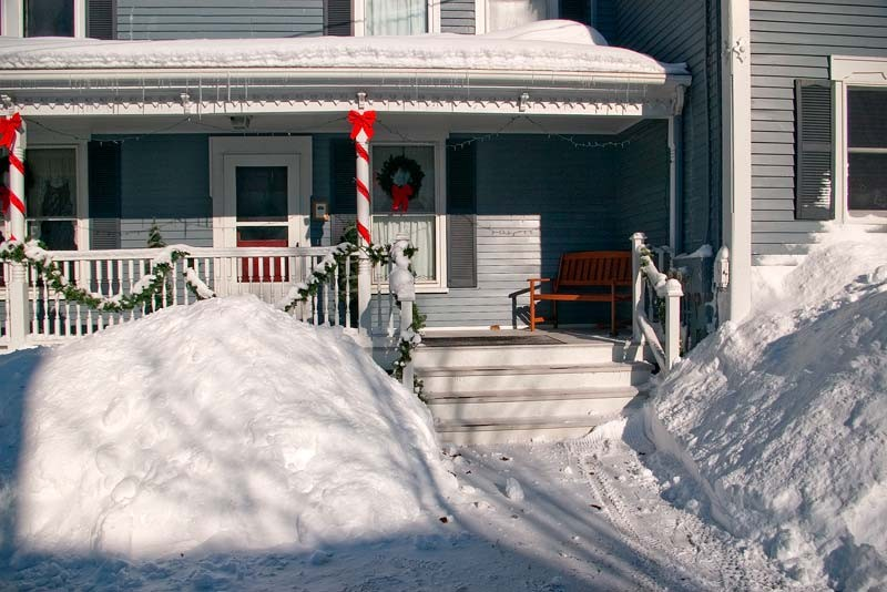 Winter wonderland package brewster house bed breakfast for Maine home building packages