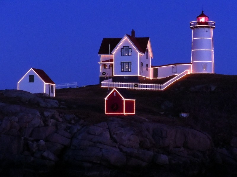 visiting maine lighthouses cape neddick the nubble brewster house bed breakfast. Black Bedroom Furniture Sets. Home Design Ideas