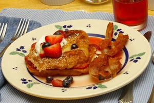 strawberry_croissant_fr_toast