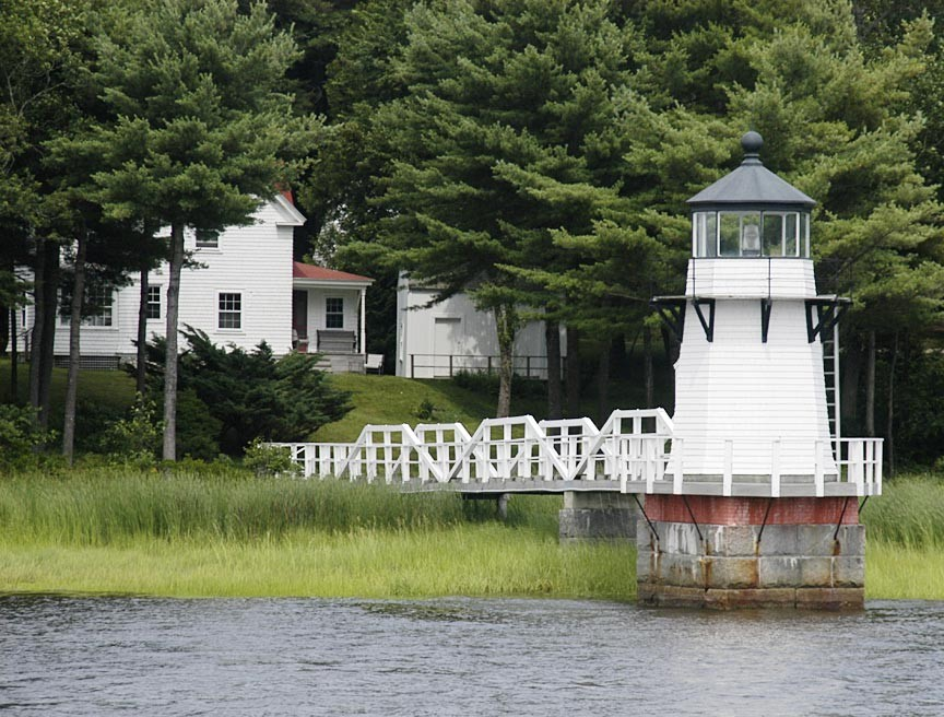Enjoy a Maine Maritime Museum Lighthouse Cruise